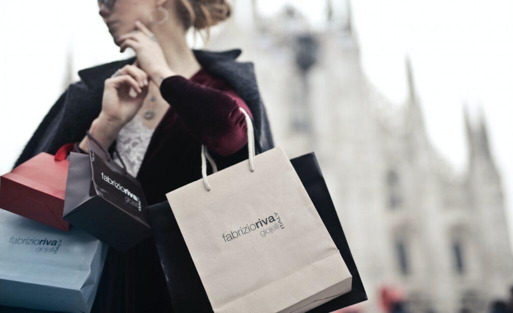 Shopping mit der Escort Dame